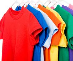 Joãozinho vendendo 500 roupas no atacado